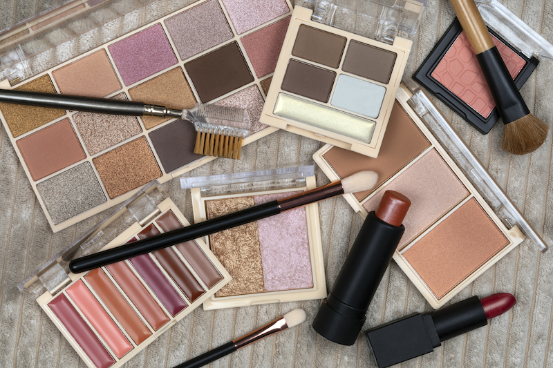 SCAM GRAM: Knock-off makeup ingredients are not pretty